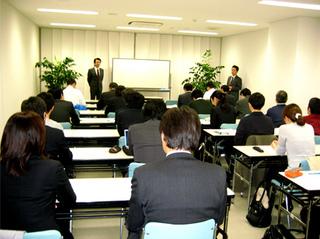 report_pic1_20101210.jpg